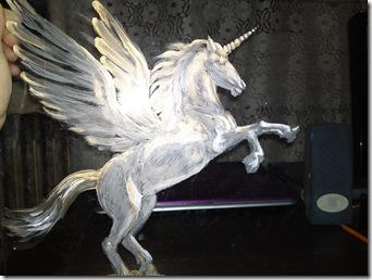 Pegasus - Acrylic on glass painting work in progress - Pegas pictura pe sticla in lucru