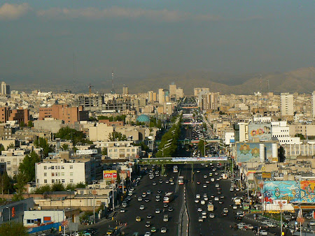 Panorama of Teheran: Azadi avenue