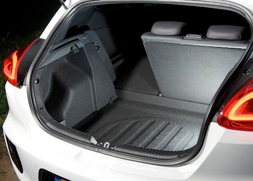 Yeni-Kia-Pro-Ceed-GT-2014-82.jpg