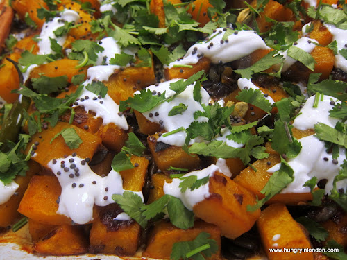  Ute cooks: ROASTED BUTTERNUT SQUASH WITH CARDAMON AND NIGELLA SEEDS (Ottolenghi) 