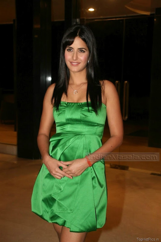Katrina Kaif Beautiful Photos in Short Green Dress 2