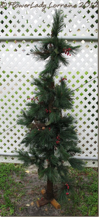 09-04-found-chritsmas-tree