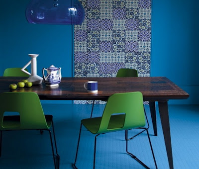 http://lh3.ggpht.com/-d8wy1rzOW3w/T7lpdDbd3PI/AAAAAAAAGTo/6NVu_Fg-TmY/s0/Bright-and-Colorful-Dining-Room-Design-Ideas_09.jpg