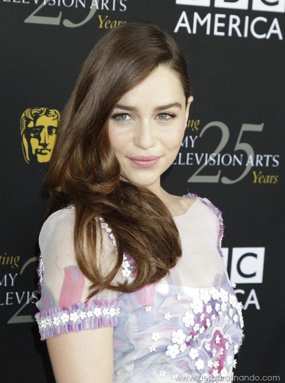 [emilia-clarke-%2520Daenerys-Targaryen-linda-sexy-game-of-trhones-guerra-dos-tronos-sexta-proibida-desbaratinando%2520%252863%2529%255B2%255D.jpg]