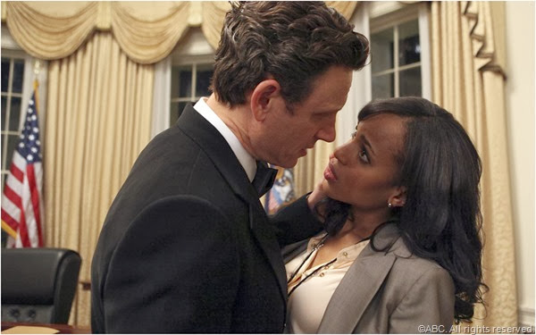 Tony Goldwyn and Kerry Washington hug it out in SCANDAL.