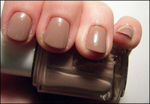 Essie Lady Like Swatch