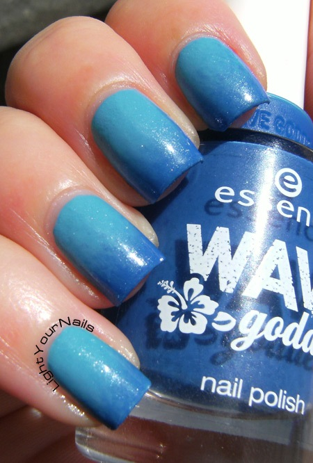Essence Wave Goddess blue gradient