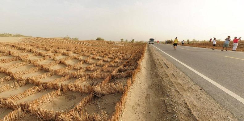 tarim-desert-highway-1