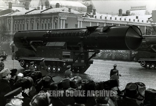 parade-with-missile