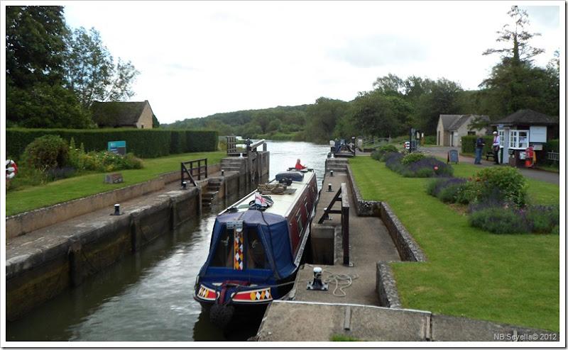 SAM_1161 Eynsham Lock