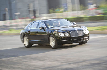Engine: Bentley Flying Spur: Car Review.