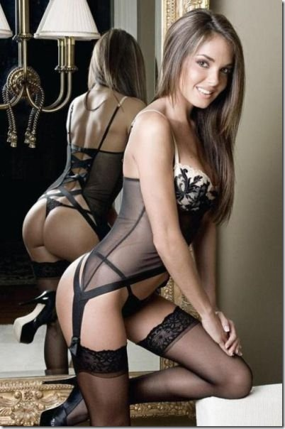 sexy-lingerie-girls-28