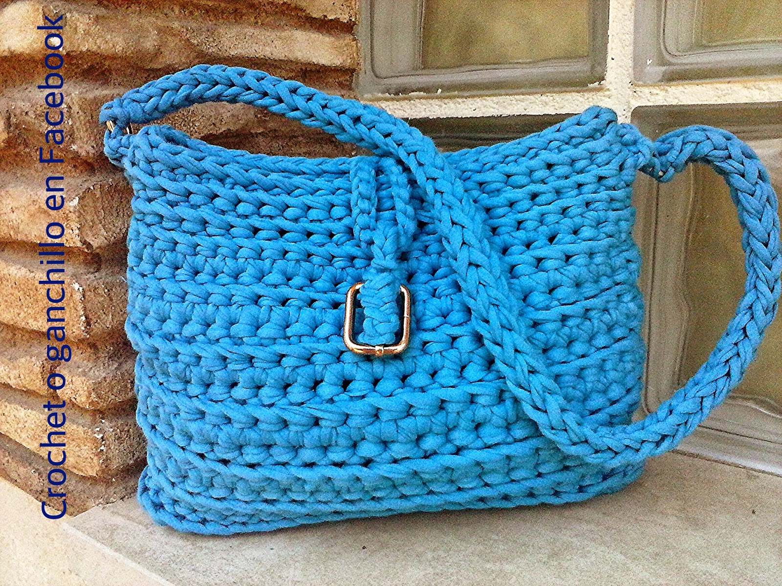Crochet o ganchillo bolsos de trapillo for Bolsos de crochet de trapillo