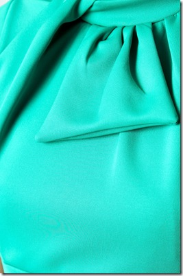 Eva neckline3