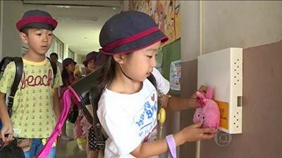 criancas no japao