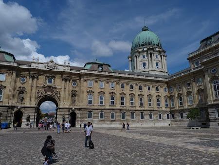 Obiective turistice Budapesta: Palatul Buda