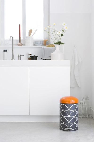 106767-Retro-Bin-12L-Orla-Kiely-Charcoal-Mood-Kitchen-01