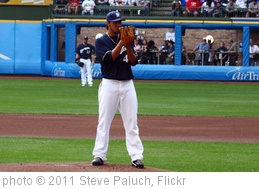 'Yovani Gallardo' photo (c) 2011, Steve Paluch - license: http://creativecommons.org/licenses/by/2.0/