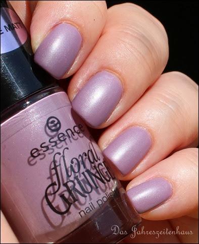 Flieder Essence Floral Grunge Madly Purpled 2