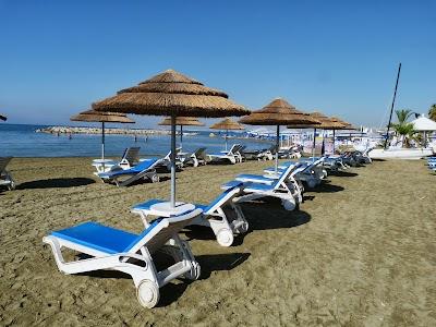 Cazare Cipru: Plaja Golden Bay Beach Hotel Larnaca