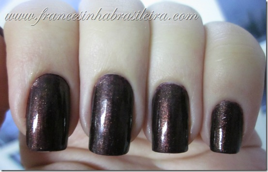 Side saddle (China Glaze)
