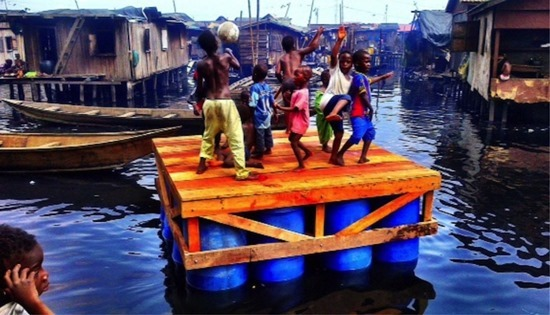 Escolas flutuantes da Nigéria 06