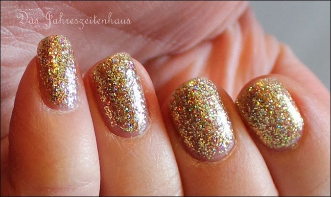 Gold Color Club Unter The Mistle Toe Collection Gingerbread 7