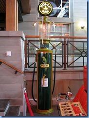 0949 Alberta Calgary - Heritage Park Historical Village - Gasoline Alley Museum - vintage Polly gasoline pump