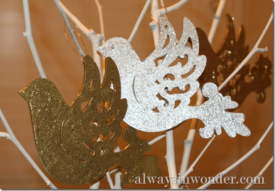 painted_glitter_ornaments (22)