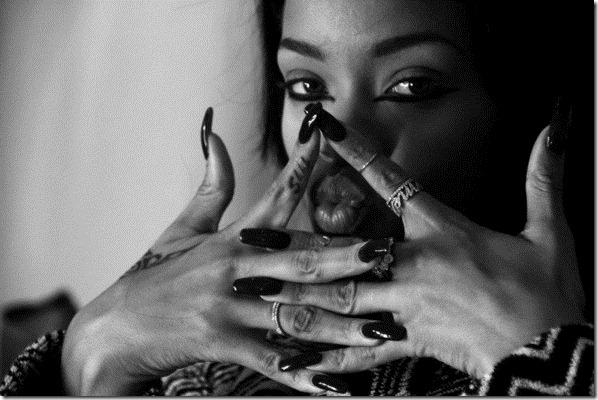 Rihanna Rihanna Facebook Pics 2tv1FJc0GI5l