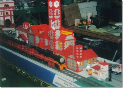 13 Pacific Northwest Lego Train Club Layout at GATS in Portland, Oregon in October 1998