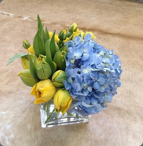 249328_10151532362700734_1043547035_n posh floral designs