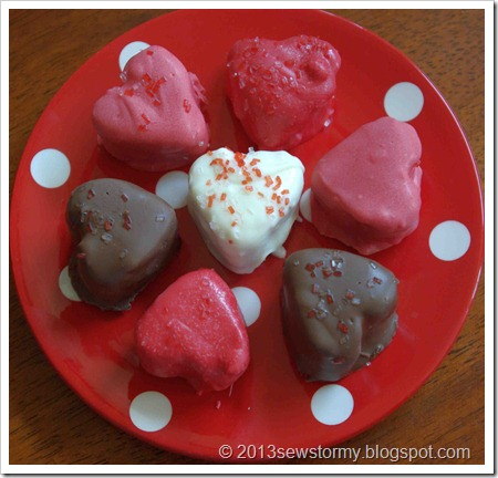 Valentine heart cakes on polka dot plate