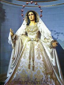maria-santisima-del-sacromonte-pascua-y-mayo-y-besamanos-2013-alvaro-abril-(6).jpg