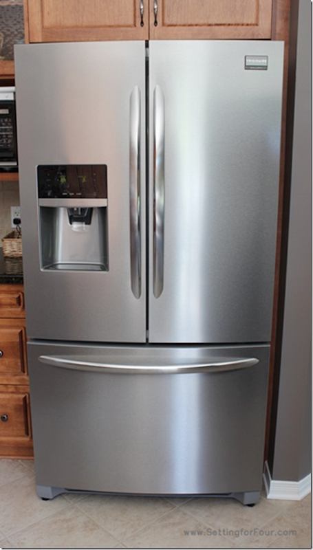 The frigidaire gallery french door refrigerator setting for four - 10 Best Reasons To Love The Frigidaire Gallery French Door