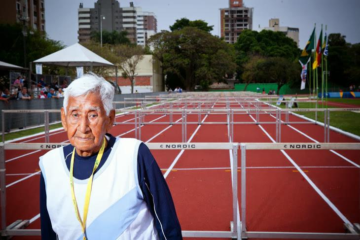 Старейший спортсмен участвующий в чемпионате мира по легкой атлетике