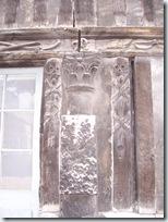 2011.07.08-022 détail morbide de l'aître St-Maclou
