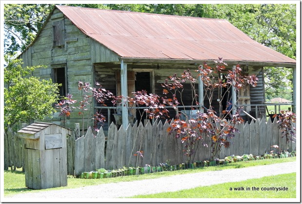 slave cabin @ laura plantation, vacherie, la