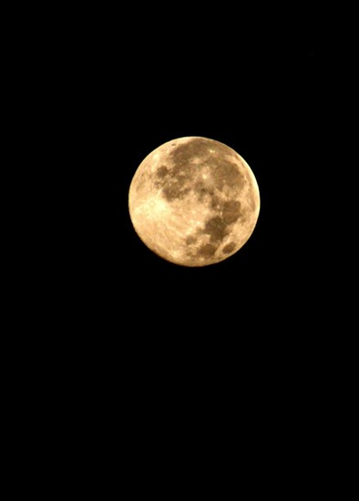 supermoon by roger baligod 2