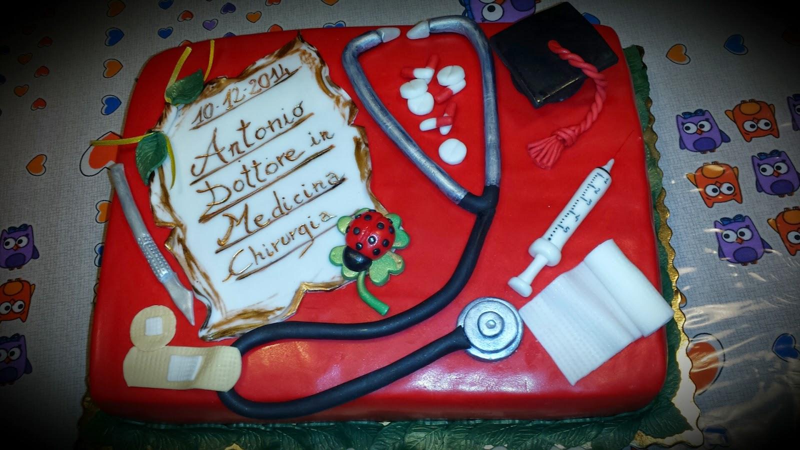 Popolare le mie dolci creazioni: Torta laurea medicina IF95