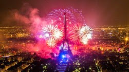 Paris-Tour-Eiffel-2013-1