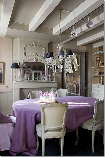lilac tablecloth via inspired-design.tumblr