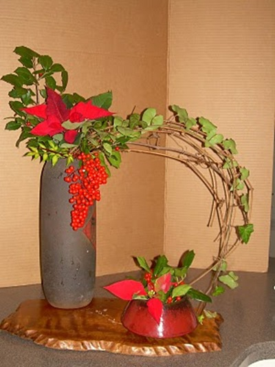 ikebana christmas arrangement