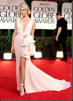 CharlizeTheron-GoldenGlobeAwards011512_052848