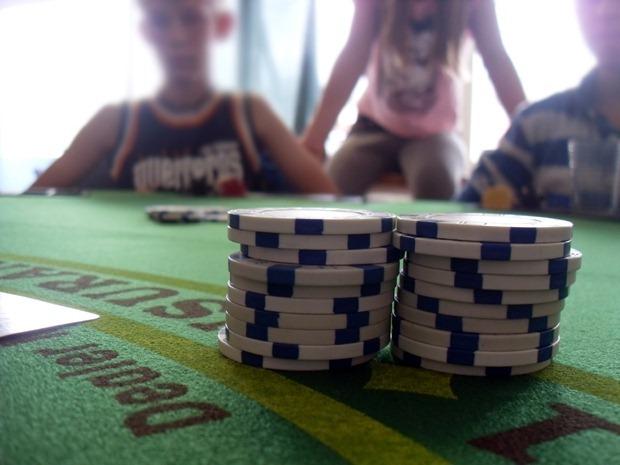 Med ægte pokerborde