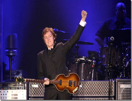 BEATLES : PAUL Mc CARTNEY COMINCIA IL TOUR EUROPEO DA BOLOGNA