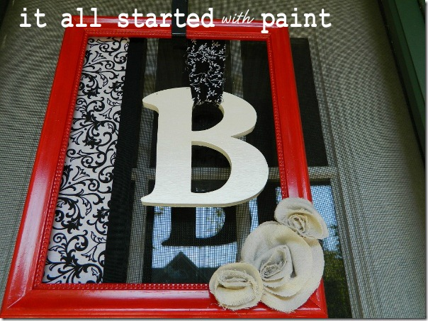 monogram_picture_frame_wreath_with_fabric