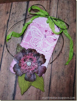 Flower pin tag