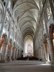 2014.09.10-007 intérieur de la cathédrale Notre-Dame