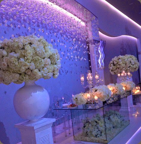 head table 1004523_10151570870016439_51049600_n tic-tock couture florals